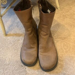 Tommy Hilfiger leather boots 9 1/2